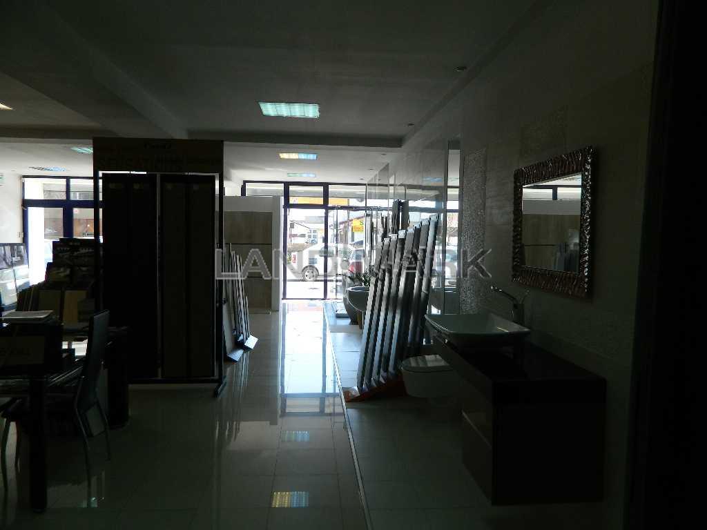 Spatiu comercial de inchiriat in zona Fabribarntendgara