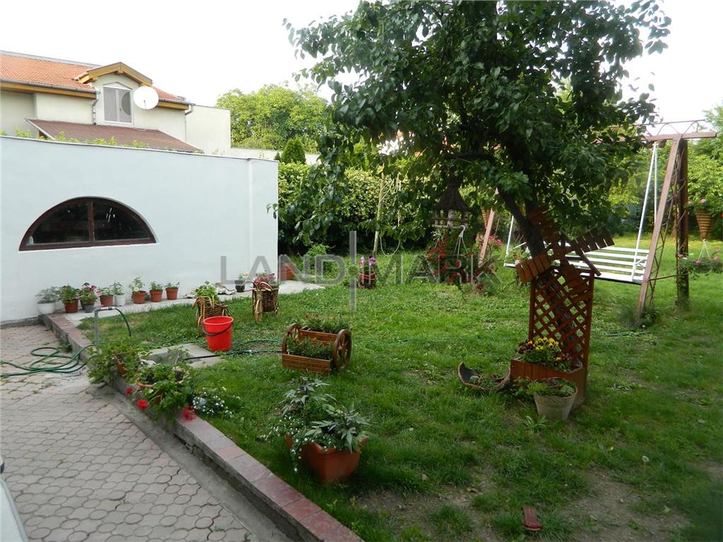 Casa de vanzare, teren 720 mp , zona Blascovici.
