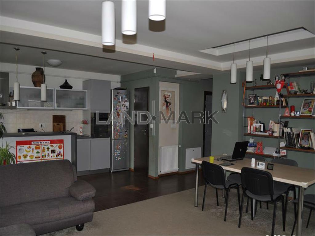 Vand apartament de lux, in bloc nou, utilat, mobilat