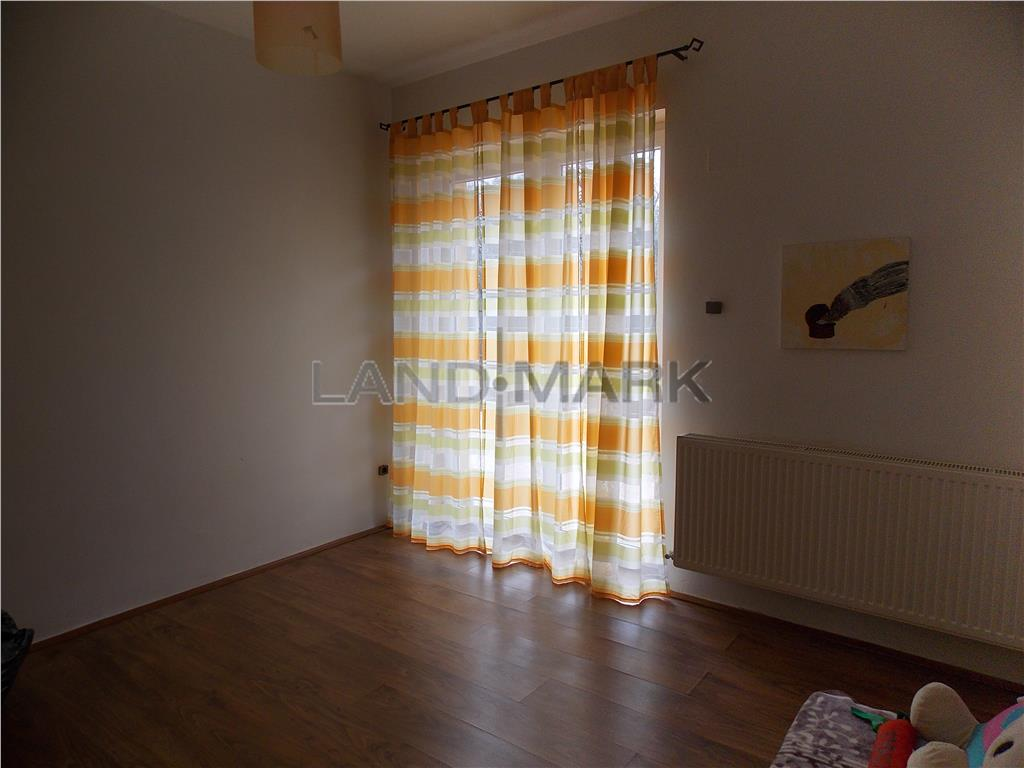 Apartament de lux, 3 camere, 90mp, mobilat, 2 terase
