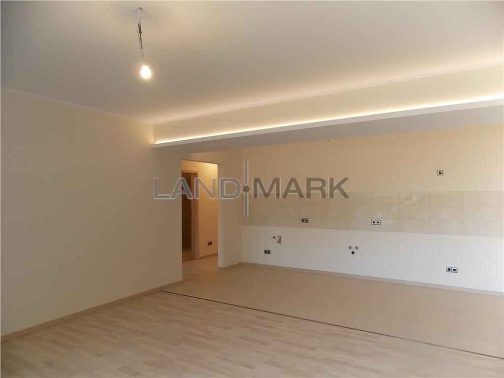 Apartament de vanzare cu 3 camere, situat in zona MEHALA