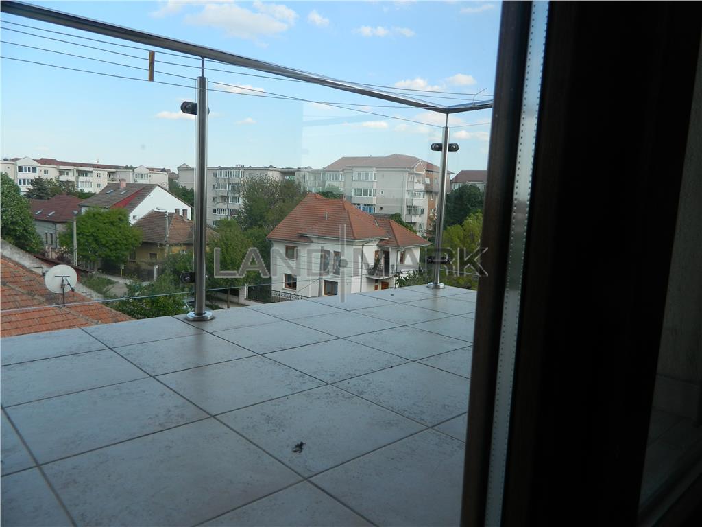 Apartament pe doua nivele, bloc din 2010, zona