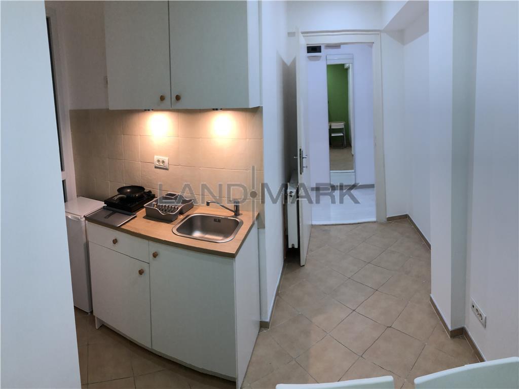 Apartament renovat, ultracentral, Pta Unirii