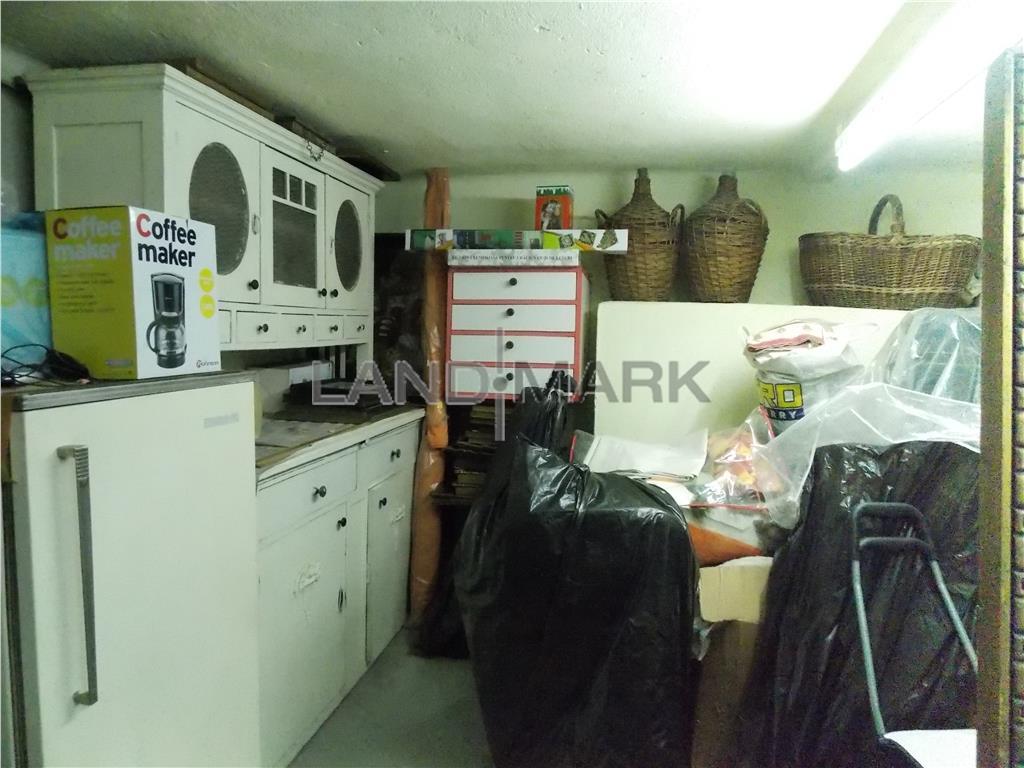 Apartament la casa, 3 camere, 113 mp utili, teren 219 mp