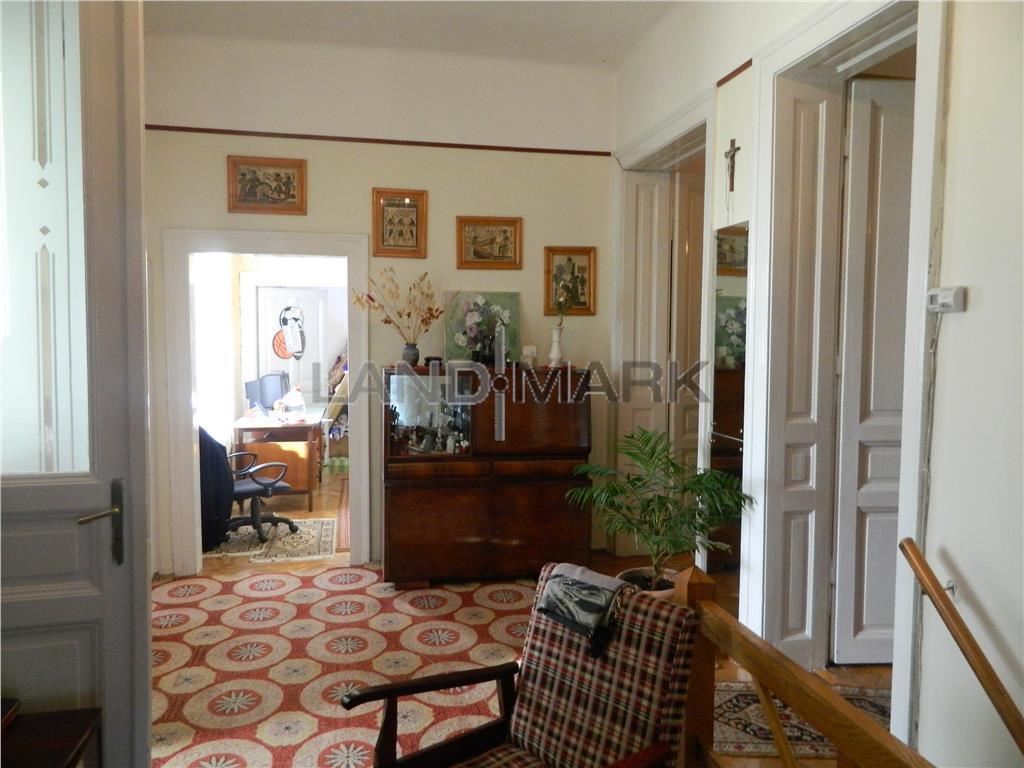 OFERTA!!! Casa cu 4 camere, teren 500 mp,zona Balcescu