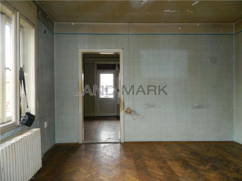 Apartament in vilă, 120 mp utili, zona Cluj.