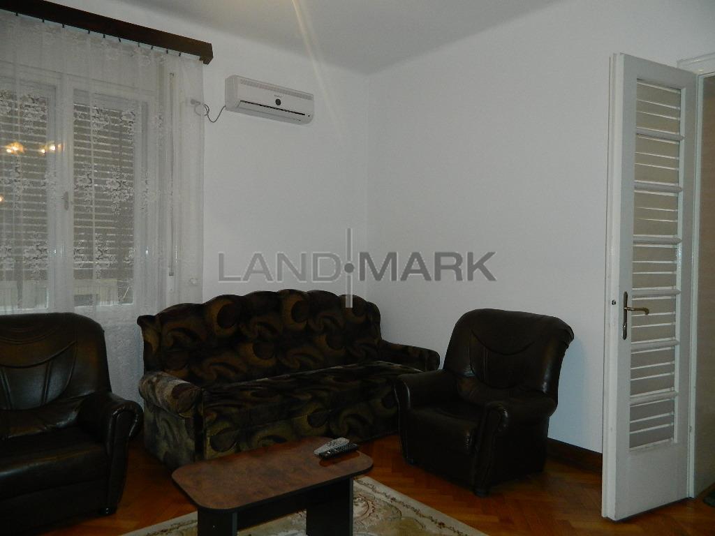 Apartament 2 camere in vila, zona Balcescu