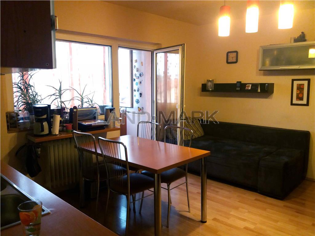 Apartament 2 camere zona SOARELUI