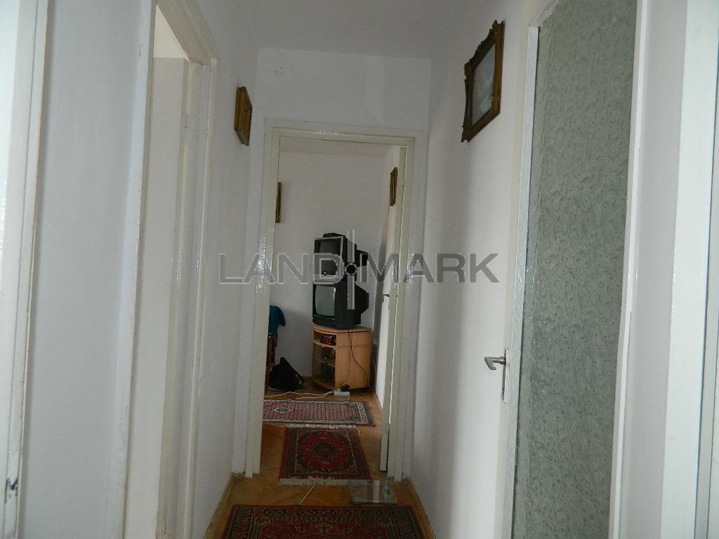 EXCLUSIV! Apartament 4 camere pe Bd. CETATII, COMISION 0%