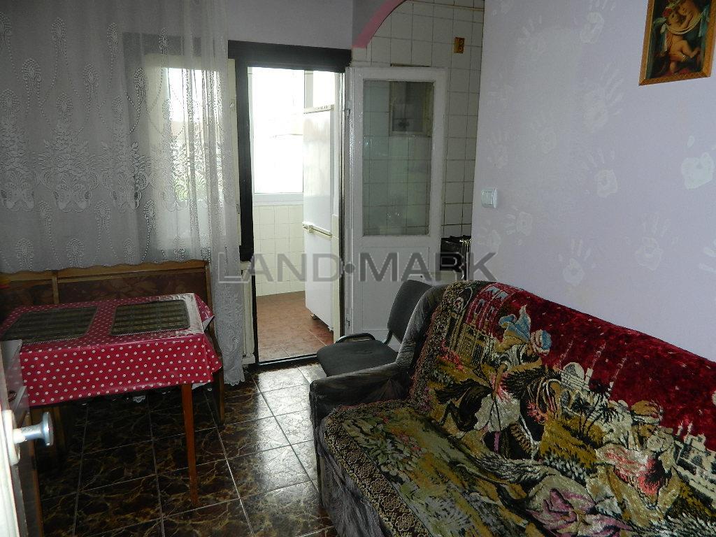 Apartament 2 camere decomandat, mobilat, COMISION 0%