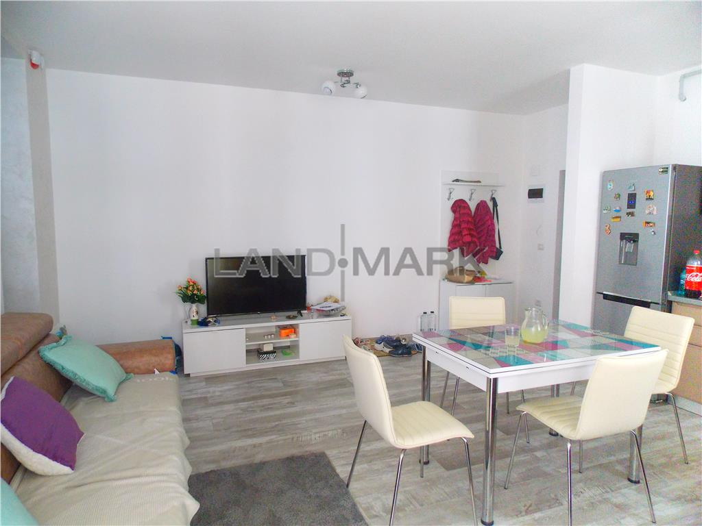Apartament de lux de vanzare in DumbravitaCora