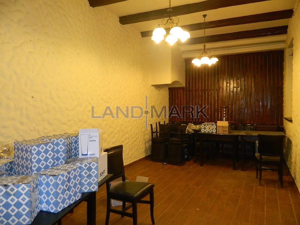 Spatiu Restaurant 200mp , zona pietonala Unirii