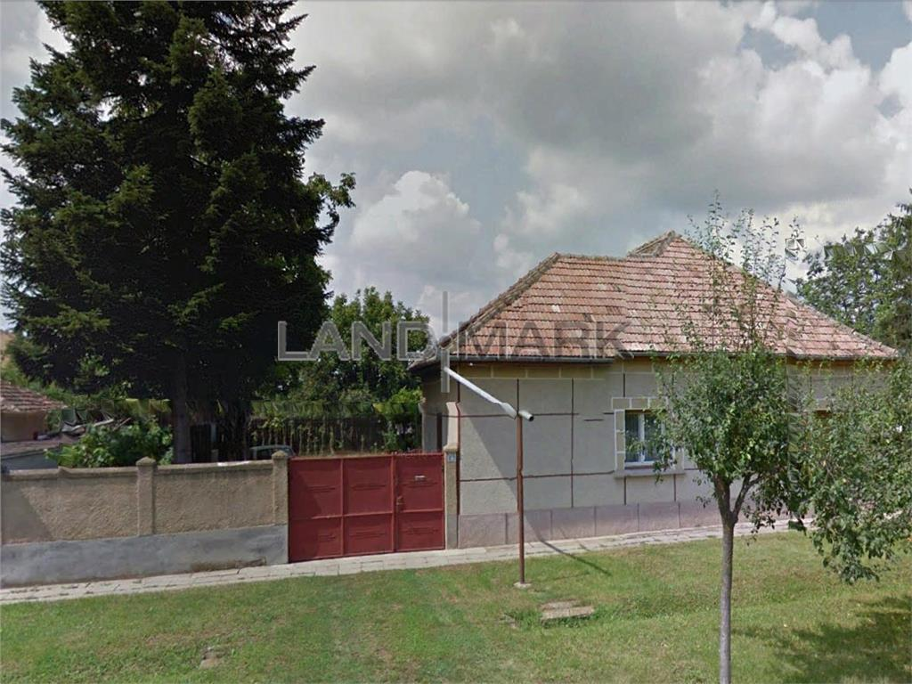 Casa de vanzare in zona Dumbravita Sat langa parc