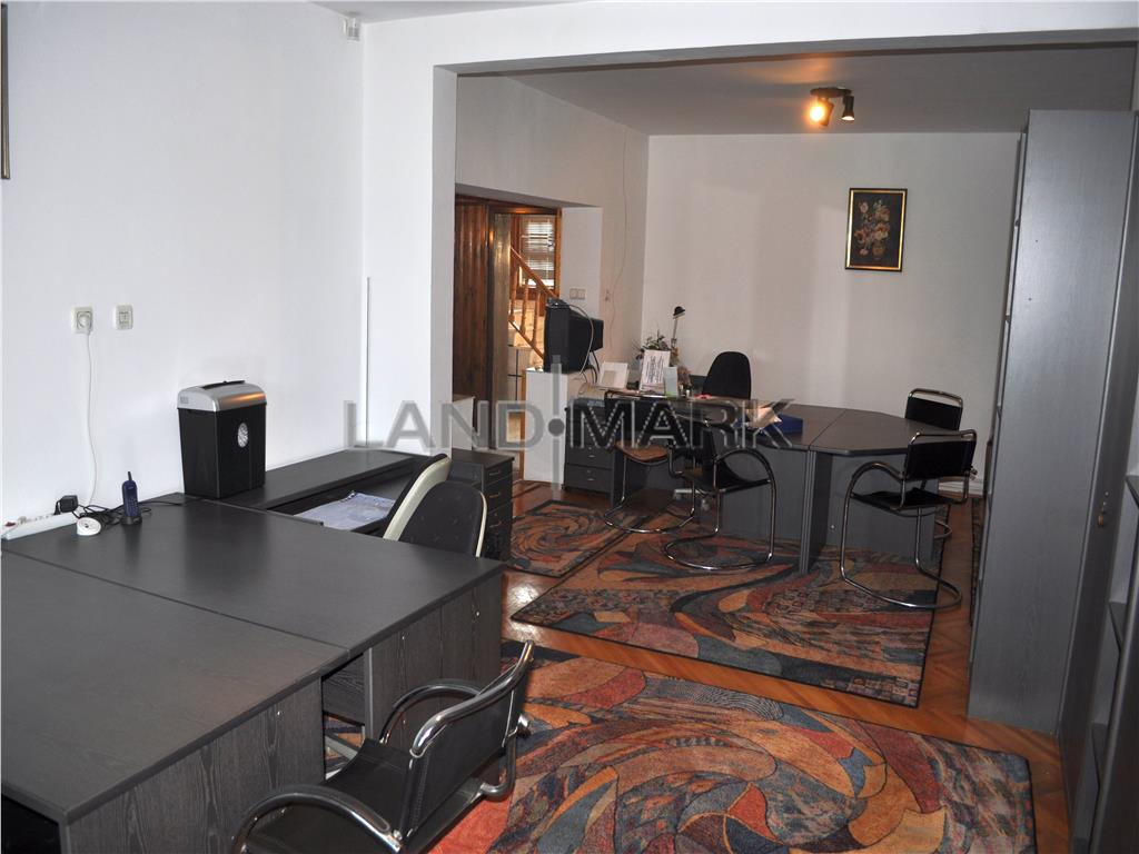 EXCLUSIV, Vila P+E, 5 camere, curte, garaj, zona Girocului