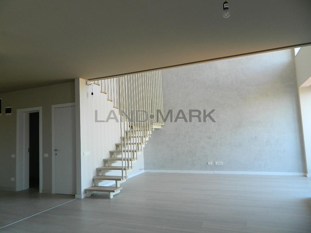 Penthouse in imobil nou, lux, zona centrala