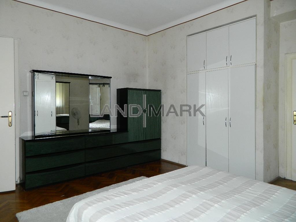 Apartament in asociatie, zona Complex, COMISION 0%