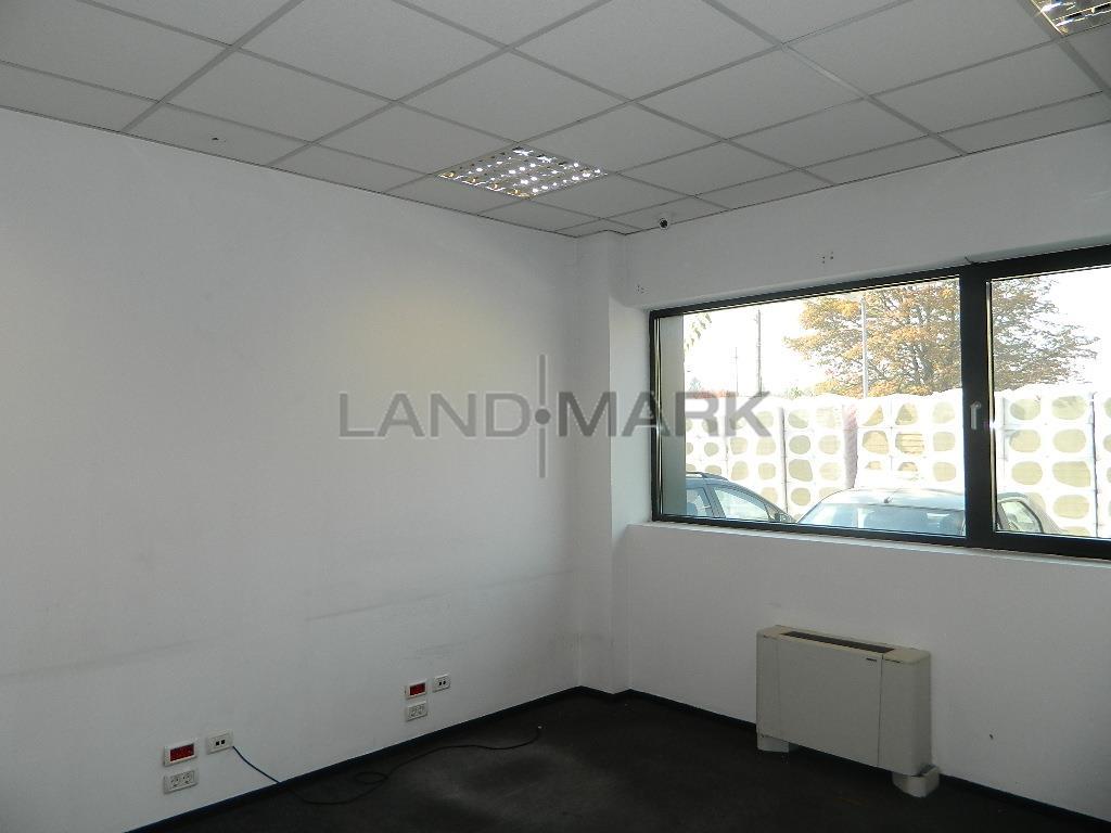 Spatiu birouri sau servicii Parter, 80 mp, Cladire noua zona Aradului