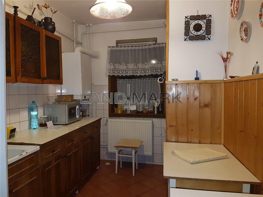 Apartament 3 camere de vanzare in zona Mures  Hebe