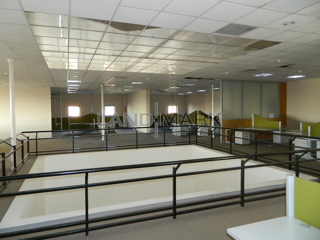 Spatii  birouri open space , 1000  3000 mp zona Complex
