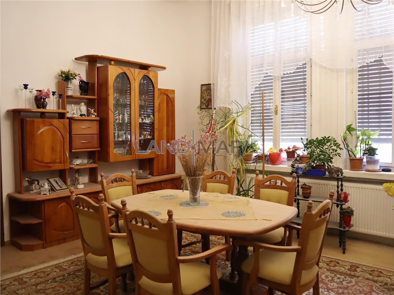 Apartament ultracentral, imobil istoric