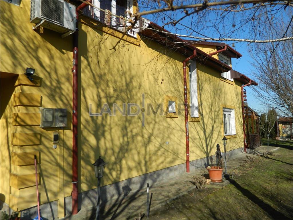 Vila de vanzare in zona Dumbravita spre padure
