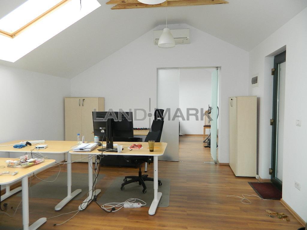 Spatii birouri lux, 64 mp sau 87 mp, cladire de biropuri  Zona  Unirii