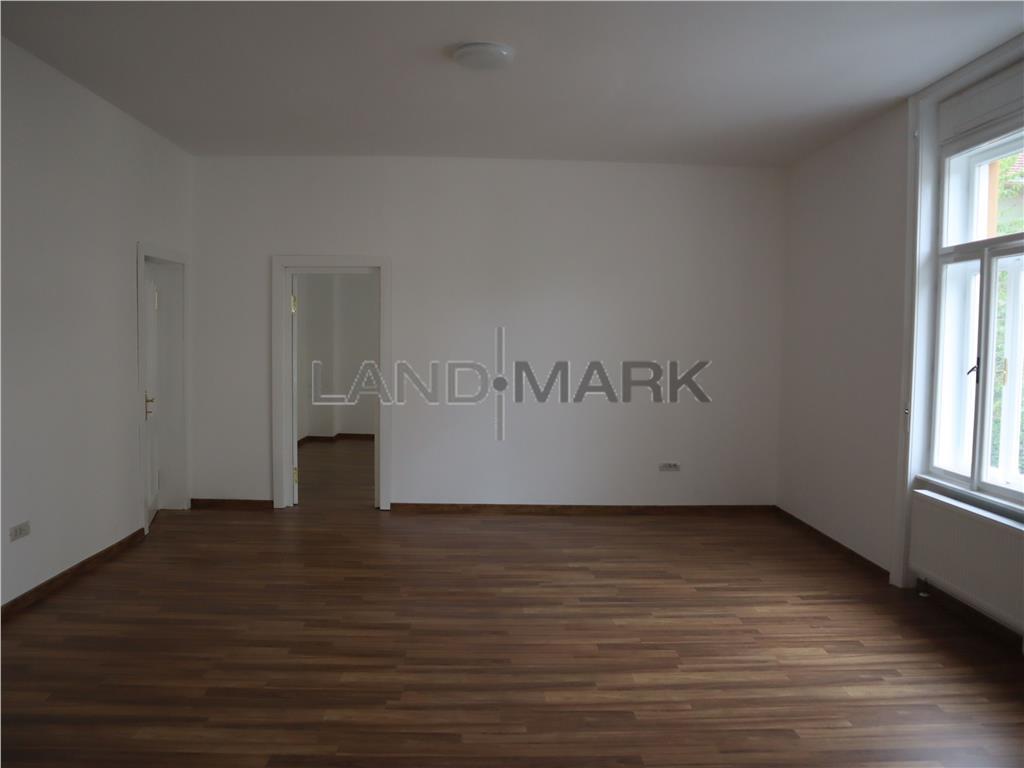 Cladire birouri 560 mp , curte privata , Central Balcescu