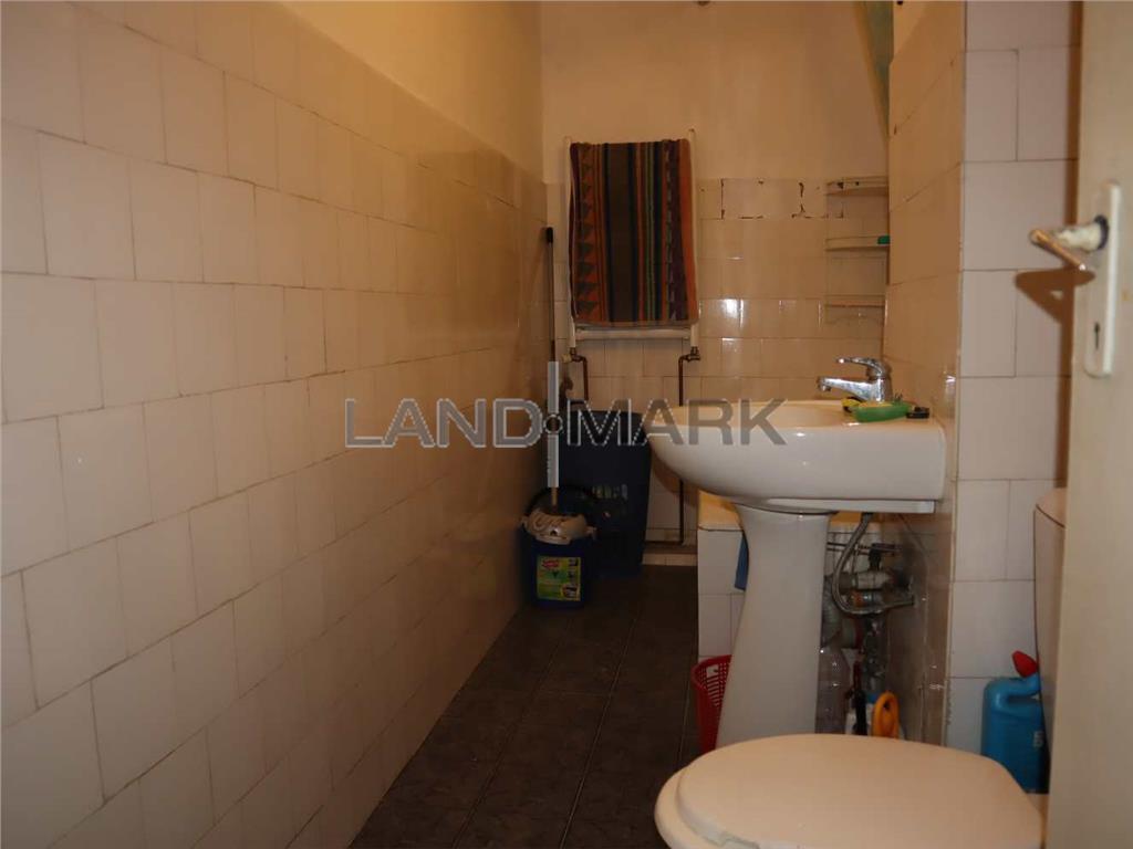 Vand Apartament 2 camere in zona Complex  Strand Termal