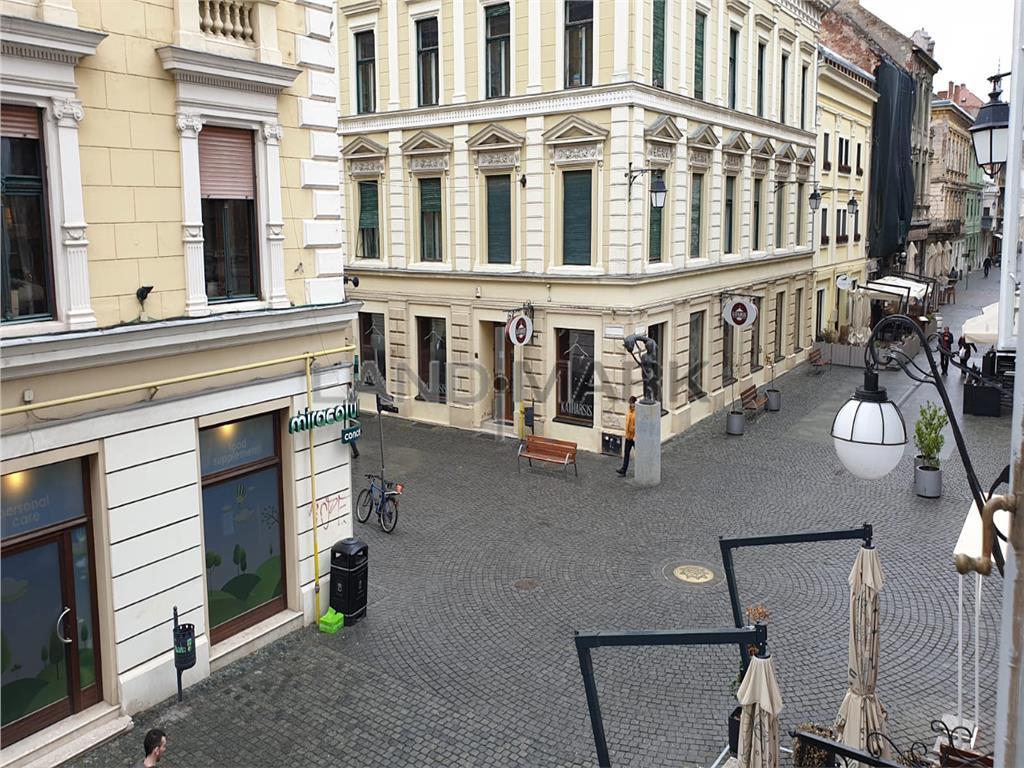 Apartament cu o camera, ultracentral zona Unirii