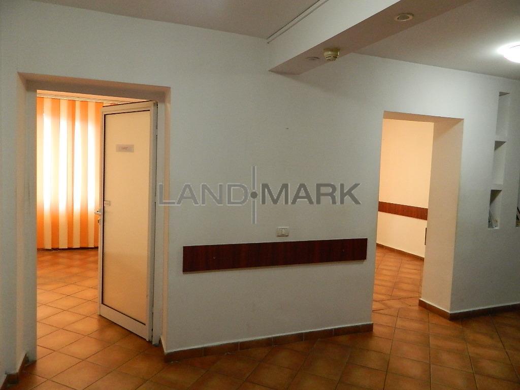 Spatiu comercial 80 mp ,  zona Cluj   Judetean
