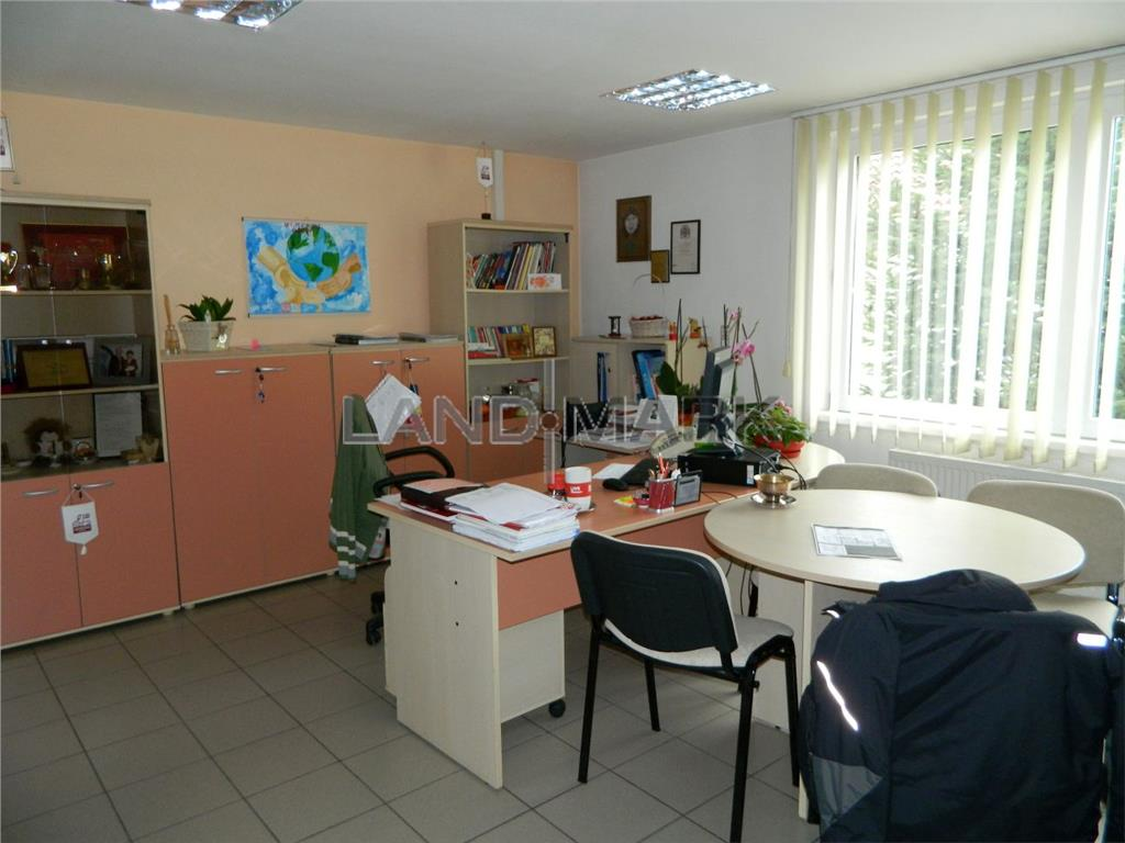 Vanzare cadire de birouri / servicii, 500 mp utili , zona MALL