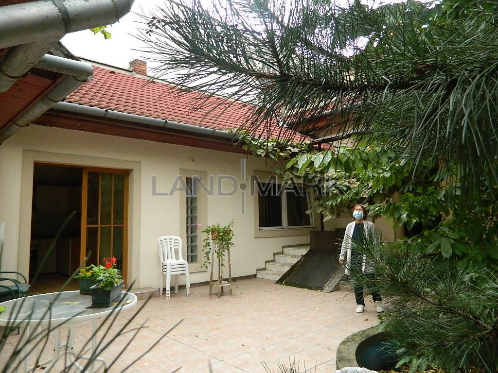 Casa P+M , acces auto, curte, zona Rebreanu Girocului