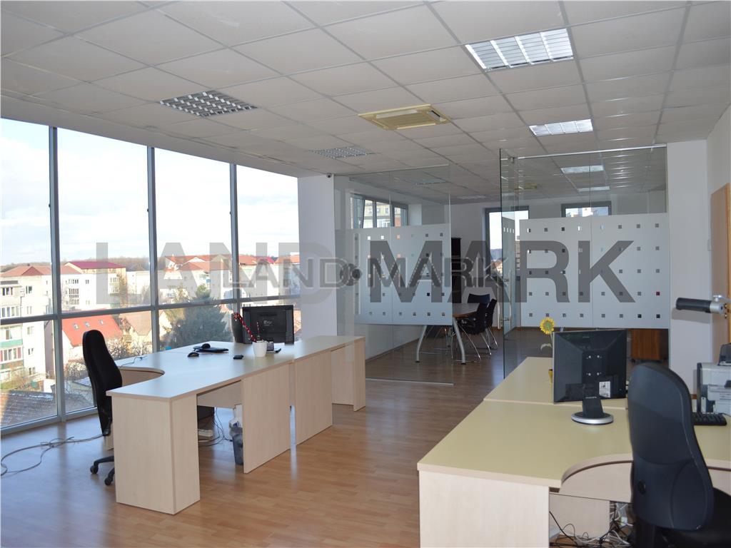 Spatiu Birouri 380 mp, cladire noua Semicentral, parcare privata