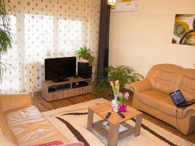 Apartament 4 camere, renovat, zona Bucovina