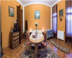 Apartament 4 camere, 135 mp, imobil istoric, renovat
