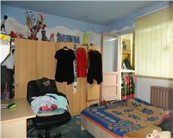 4 camere, etaj intermediar, Zona Dacia, accesibil