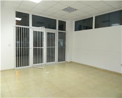 Spatiu Comercial 64 mp cu vitrine , zona Girocului