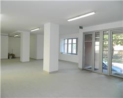 Spatiu comercial 135 mp parter  , zona Complex