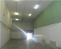 Hala depozitare / vanzare en gros , 305mp  langa IULIUS MALL