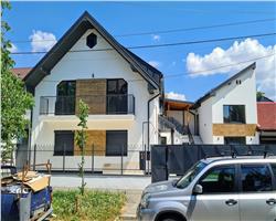 Vila cu 3 apartamente in oras, COMISION 0 %